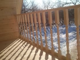 Балясины на балконе